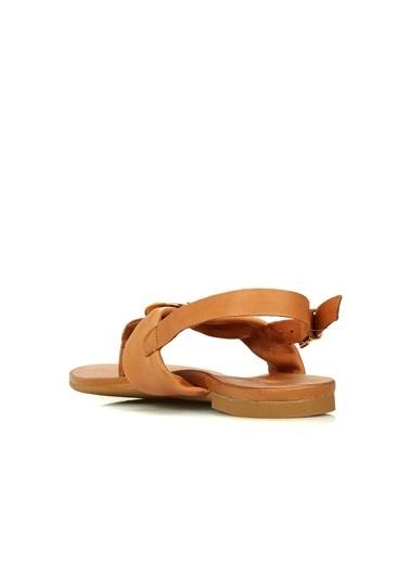 Divarese Divarese 5025218 Parmak Detaylı Kadın Sandalet Taba